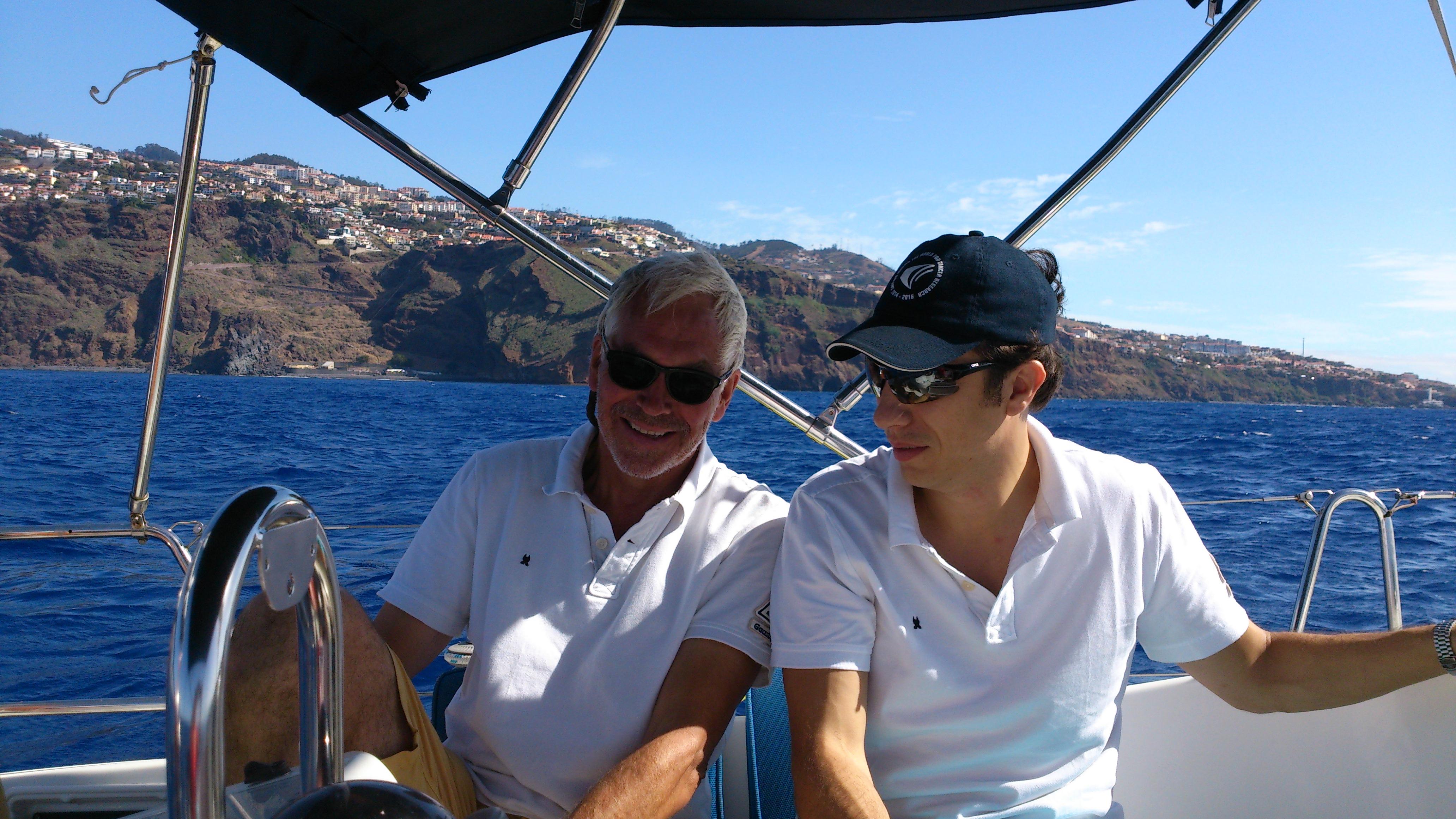 Roderick op zeilboot